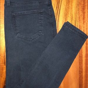 PAIGE weathered black ankle jeans size 27